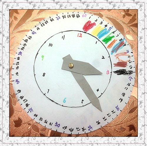 幼儿园自制钟表转盘